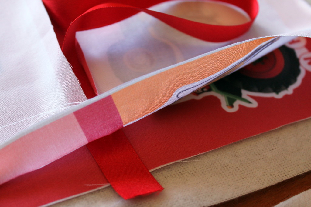 make-a-fat-cloth-book-5-position-ribbon